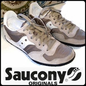 "SAUCONY ""BULLET"" WOMENS SUEDE AND NYLON SNEAKER"